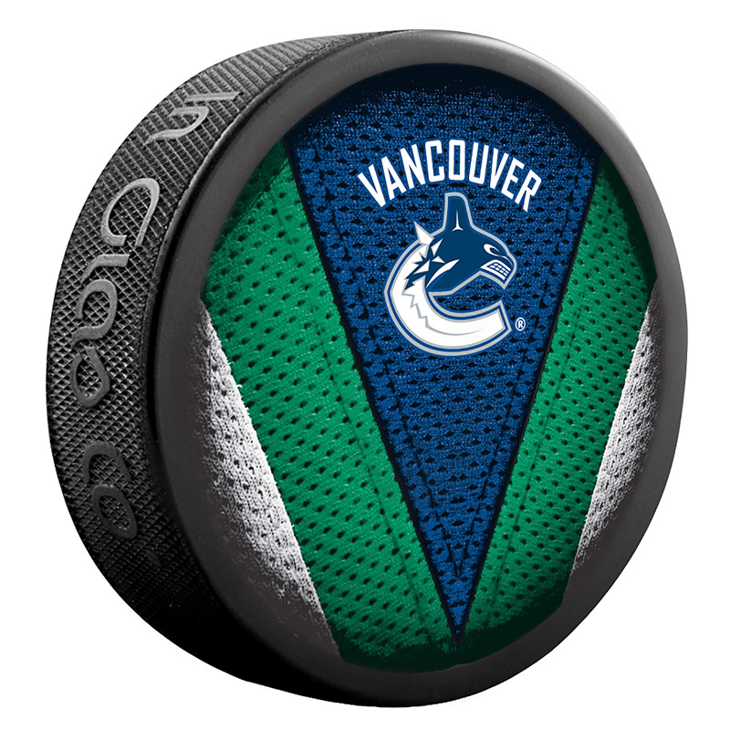 Puck Sher-Wood Stitch NHL Vancouver Canucks